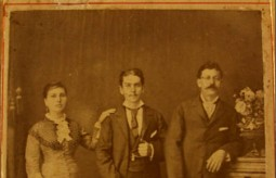 Giorgos and Spirithoula Alfieris, with c..