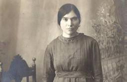 Yanoula Kassimatis, Sister of Peter E. K..