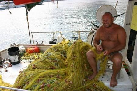 kapsali fisherman.