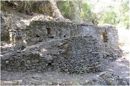 The Keramari Mill below Diakopoulianika