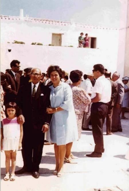 Maria Simos-Levounis. My Story. - Maria and father
