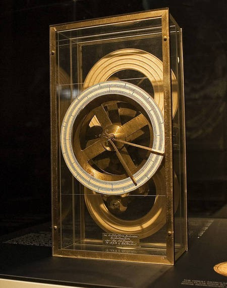 The Antikythera mechanism on display at the Nicholson Museum,