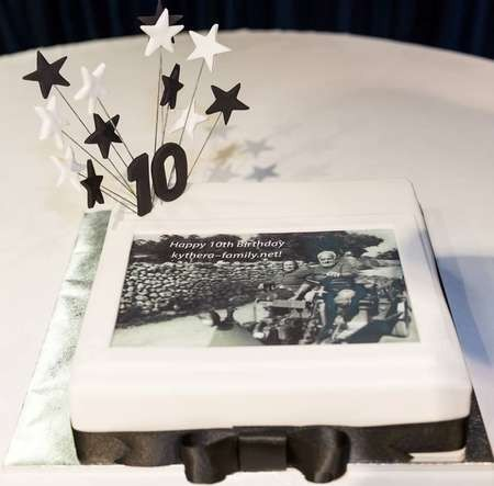 kythera-family.net turns ten.  Χρόνια Πολλά. Να τα εκατοστήσεις - 10th Birthday party kythera-family Family dance
