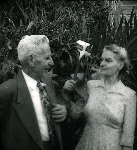 Diamantis and Yanoula Chlentzos
