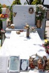 Grave of Margarita Tsambasi, Potamos