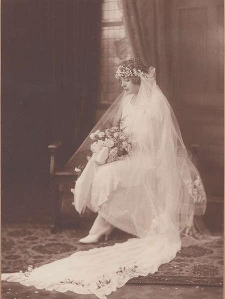 Studio photo of Theodora Lianos before her wedding,1925.