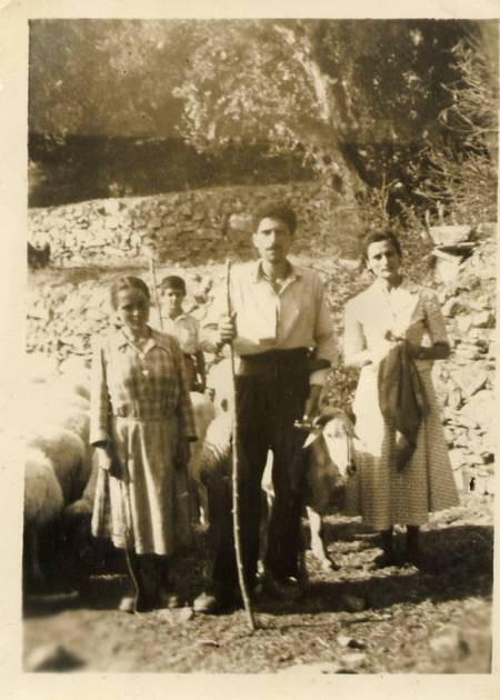 Gerge Sofios tou Thedorou 5 Y.O. at Agia Marina Stavli - File0036