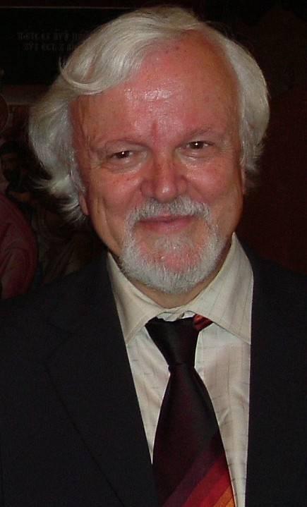 Professor Nikos Petrochilos - Petrohilos.jpg