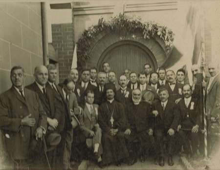 Committee of the Church of Ayia Triatha, Surry Hills in the 1920's - Sc0046B