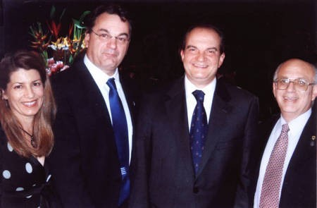 The Prime Minister of Greece Kostas Karamanlis with some of the executive  of the Kytherian Association of Australia.
