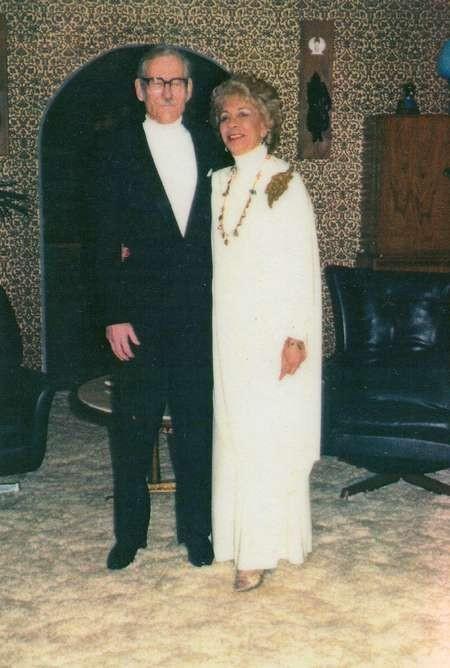 Diana (Diamantoula) Rudkin (nee Lianos) with huband George Rudkin later in life, 1987