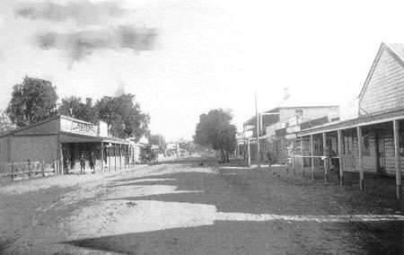 Gilgandra. Miller Street. The main street. 1900.