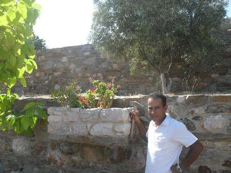 George Khalil - Master Tradesmen - Karavas, Kythera - SDC10530