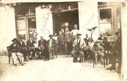 Anastasios Megaloeconomos at the kafenei..