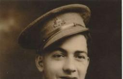 Emanuel Casimatis, in Australian army un..